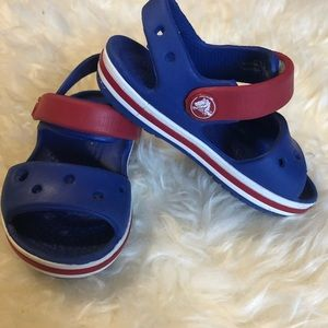 Crocs sandals toddler size 5